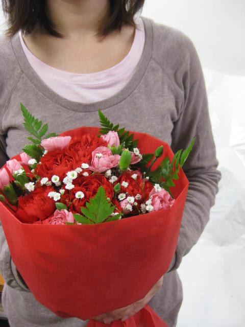 画像1: 母の日にオススメ カーネーションの花束